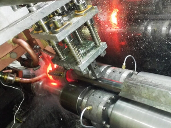 Collision-proof beam pipe heat treatment line